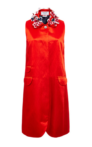 Sleeveless ball collar smock dress in red satin linen by THOM BROWNE for Preorder on Moda Operandi