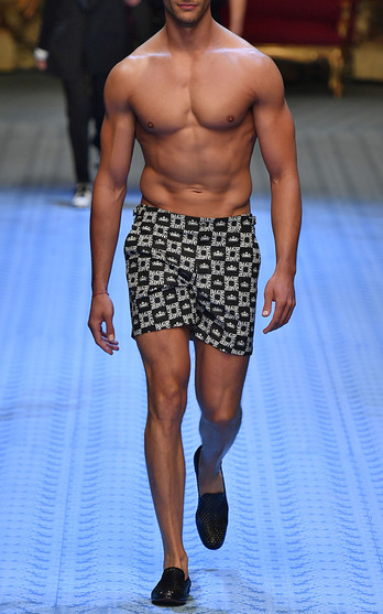 Dolce   Gabbana Trunkshow   Moda Operandi 7a6a4aa5ab50