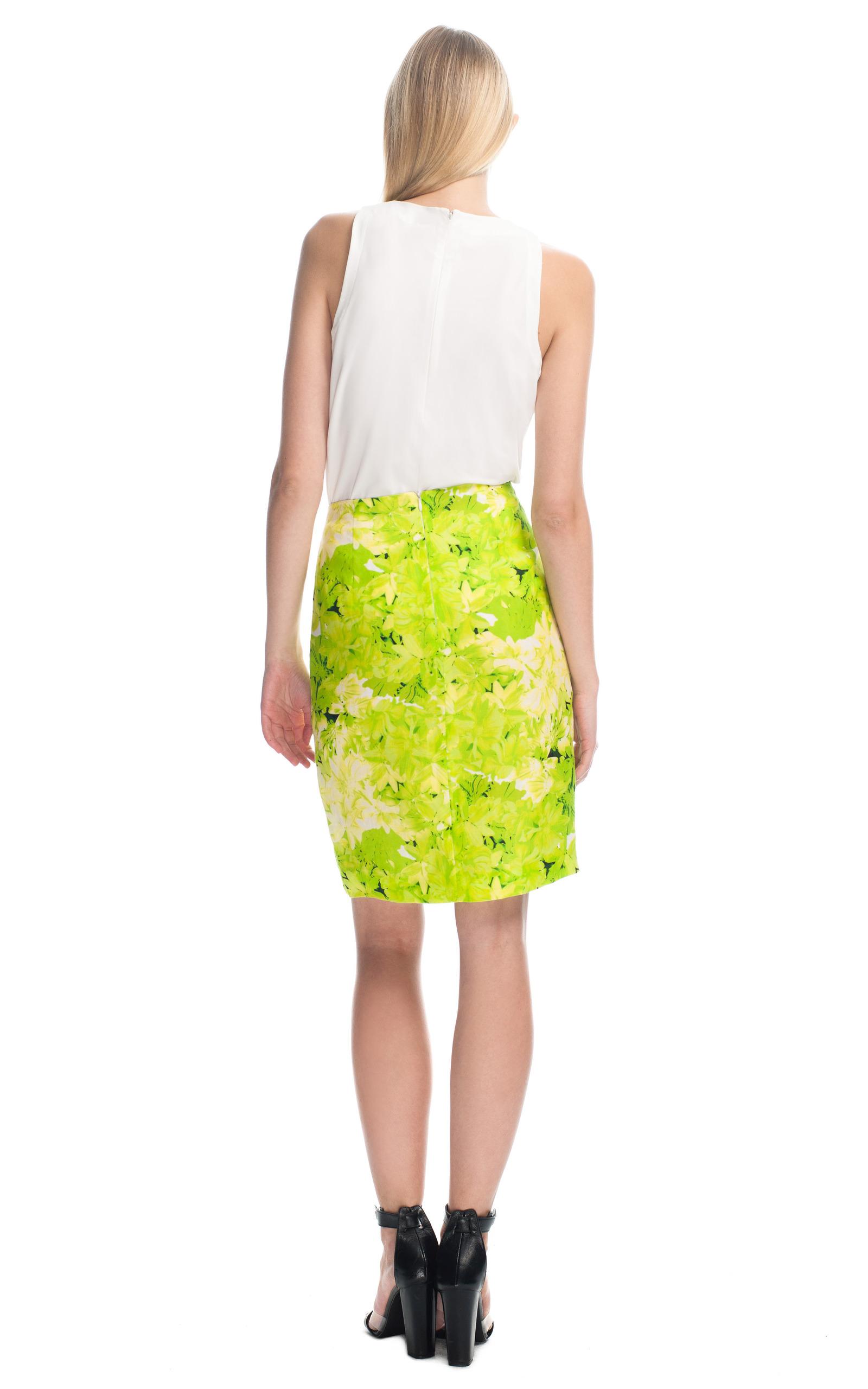 lime daisies pencil skirt by tibi moda operandi