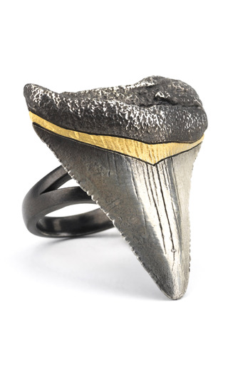 Medium tsura silver oxidized blacktip ring