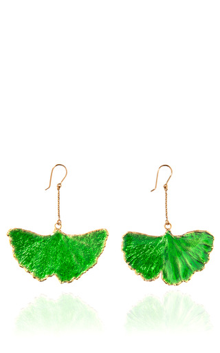 Medium aurelie bidermann gold organic ginkgo leaf earrings in emerald enamel