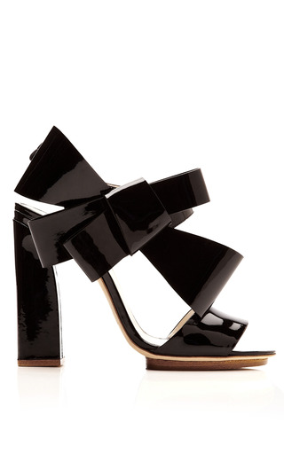 Medium delpozo black patent leather bow detail sandals