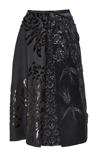 Medium rochas black embroidered swallows with chrysanthemum nigel pleat skirt