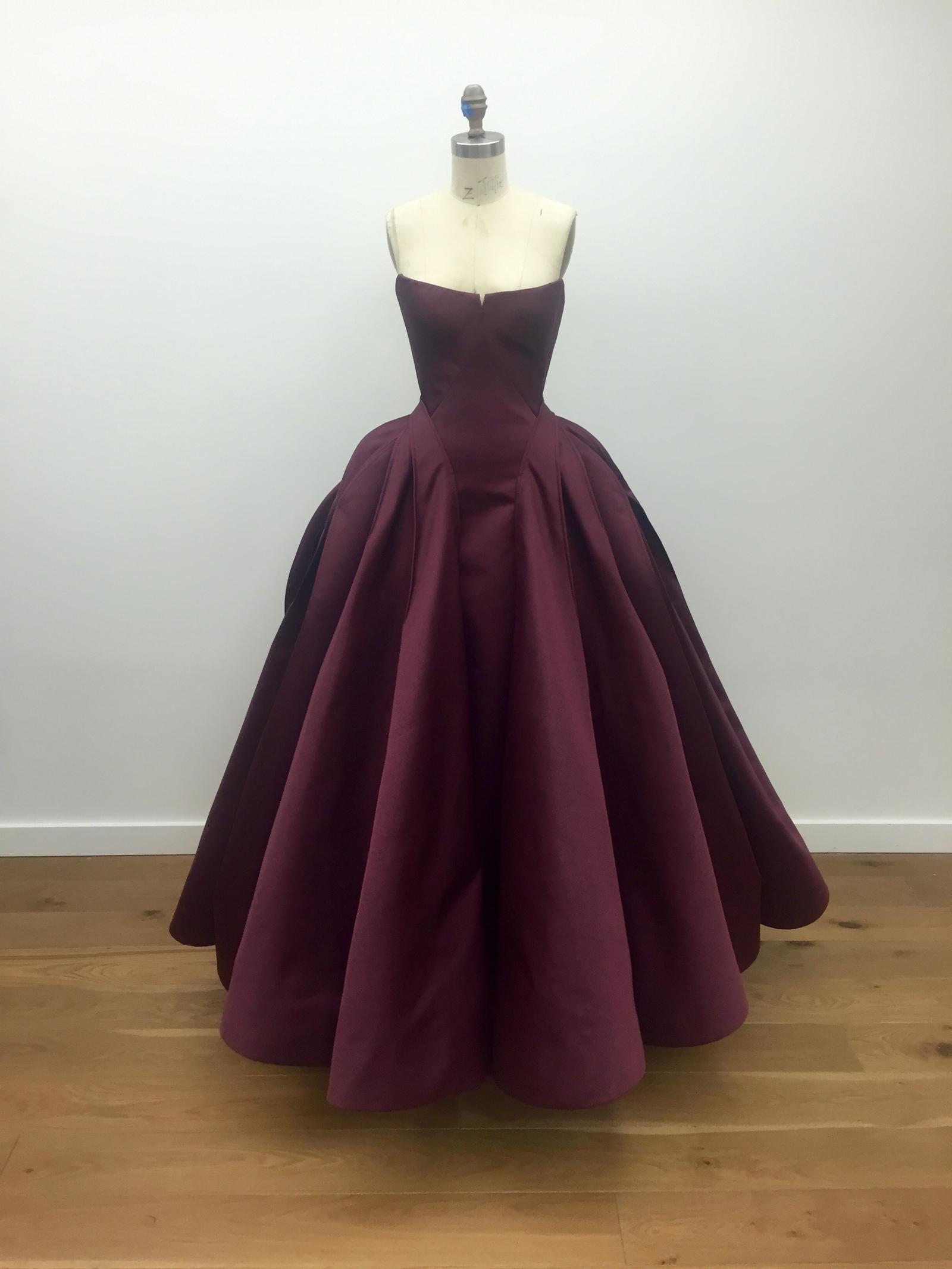 Duchess Satin Architectural Bustier Ball Gown by Zac Posen | Moda ...