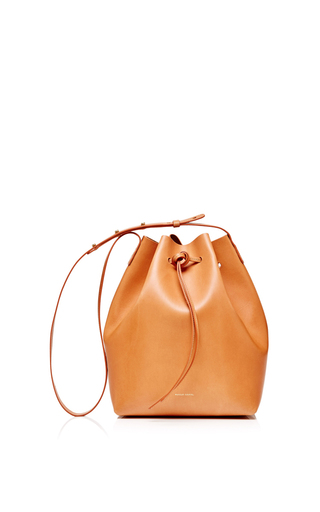 Medium mansur gavriel multi coated leather bucket bag in camello with gold interior 2