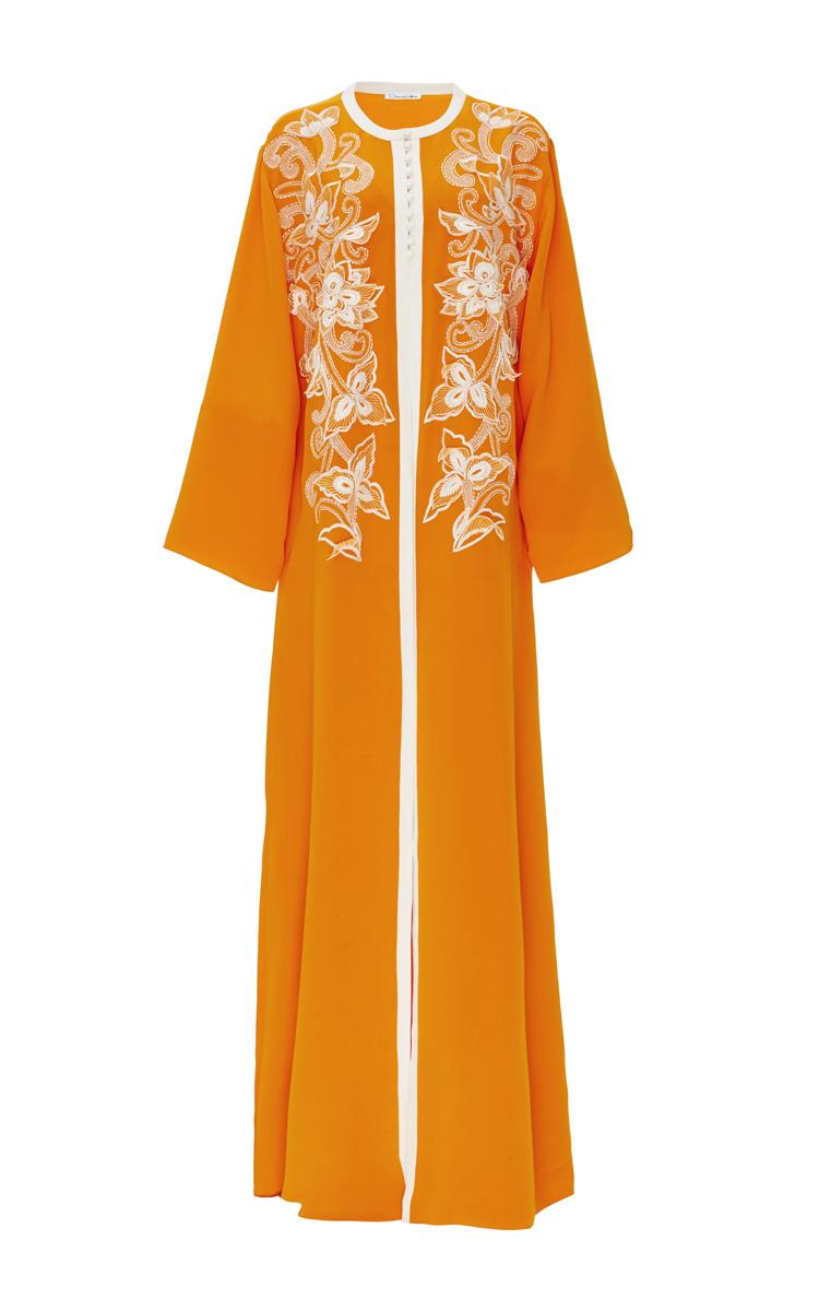 Silk embroidered long sleeved caftan by oscar de la moda for Caftan avec satin de chaise