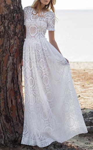 Medium costarellos white short sleeve cotton lace gown