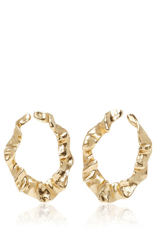 Medium oscar de la renta gold flounced hoop earrings