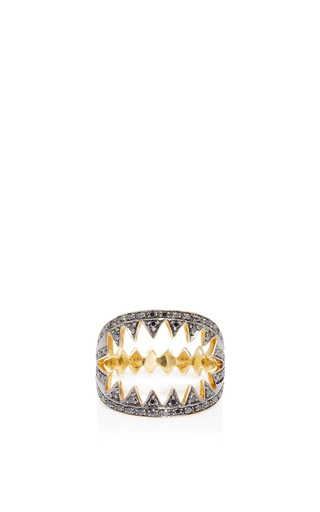 Medium ara vartanian silver shark ring with black diamonds