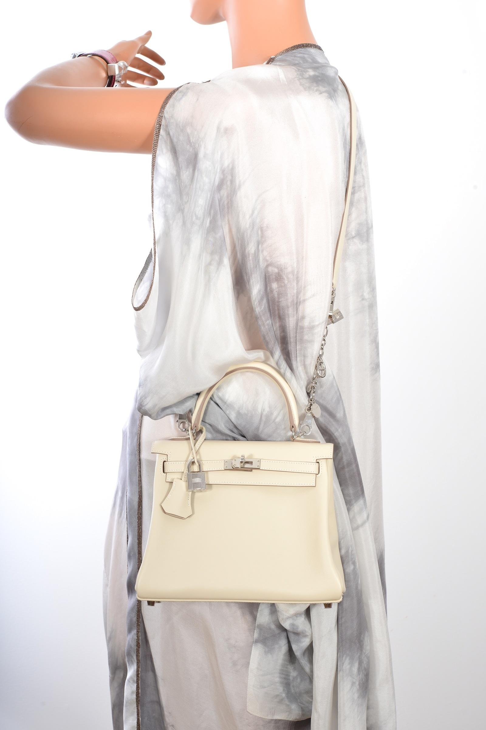 84d3dadaf8c1 Hermes Vintage25cm Craie Kelly Hermes Bag. CLOSE. Loading