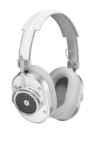 Medium master dynamic white mh40 over ear headphones