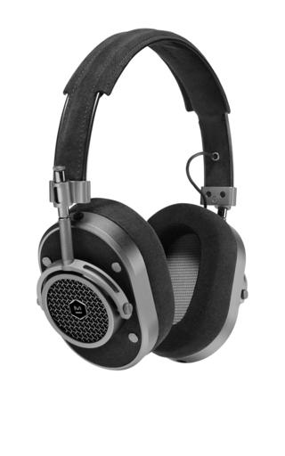 Medium master dynamic black black mh40 over ear headphones