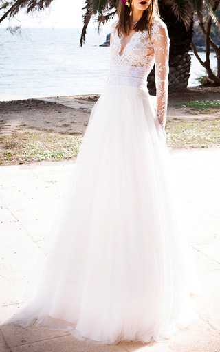 Medium costarellos off white lace and tulle ballgown