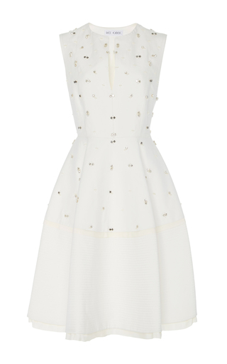 Medium dice kayek white sleeveless a line dress