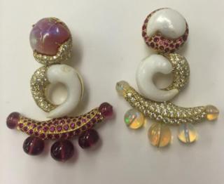 Medium nicholas varney pink opal anchor earclip