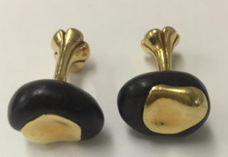 Medium nicholas varney black chestnut cufflinks