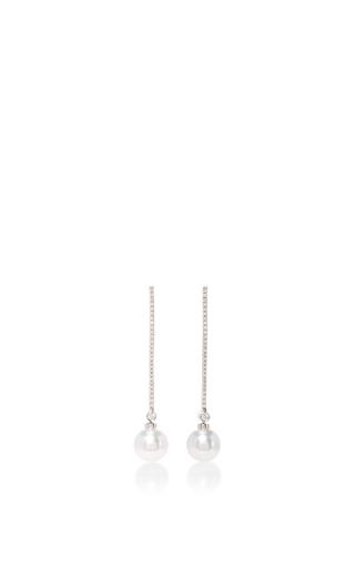 Medium yoko london white pearl drop earrings
