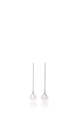 Medium yoko london white pearl drop earrings