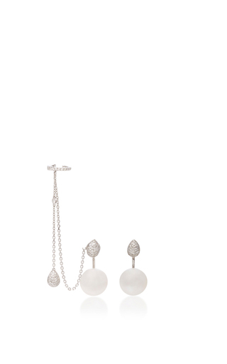 Medium yoko london white pearl drop earring with chain