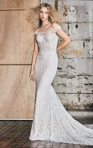 Medium reem acra ivory m o exclusive sophia off the shoulder lace gown