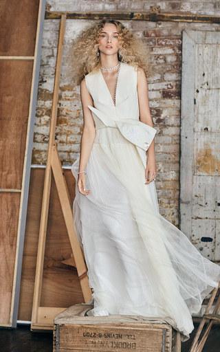 Medium delpozo white m o exclusive sleeveless bow front gown
