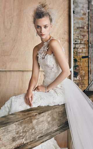Medium romona keveza white m o exclusive one shoulder embroidered lace gown