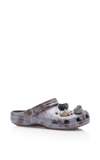 Medium christopher kane light grey multi stone crocs
