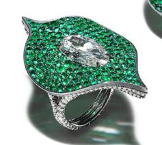 Medium bayco green diamond emerald foglia ring 2