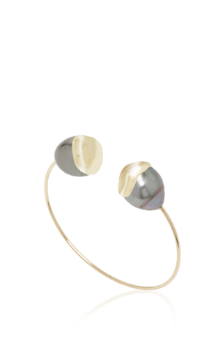 Medium mizuki black fluid double pearl cuff