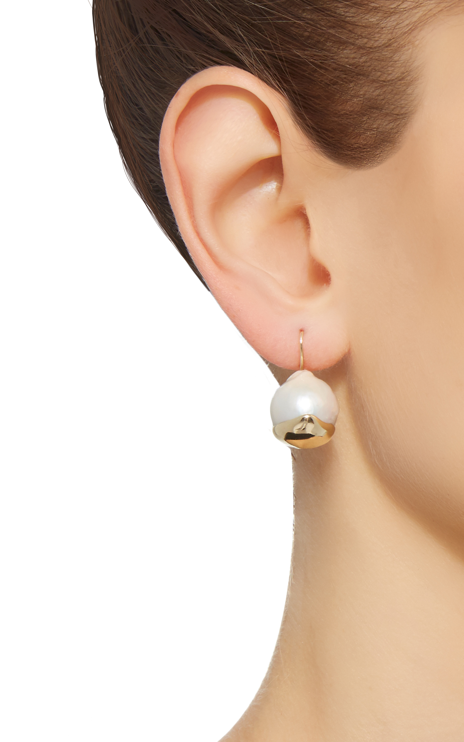 Small Fluid Gold Pearl Earrings By Mizuki Moda Operandi