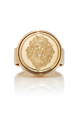Medium foundrae gold strength signet ring