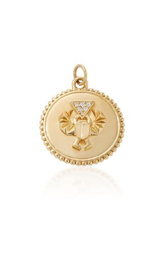 Medium foundrae gold protection medium medallion