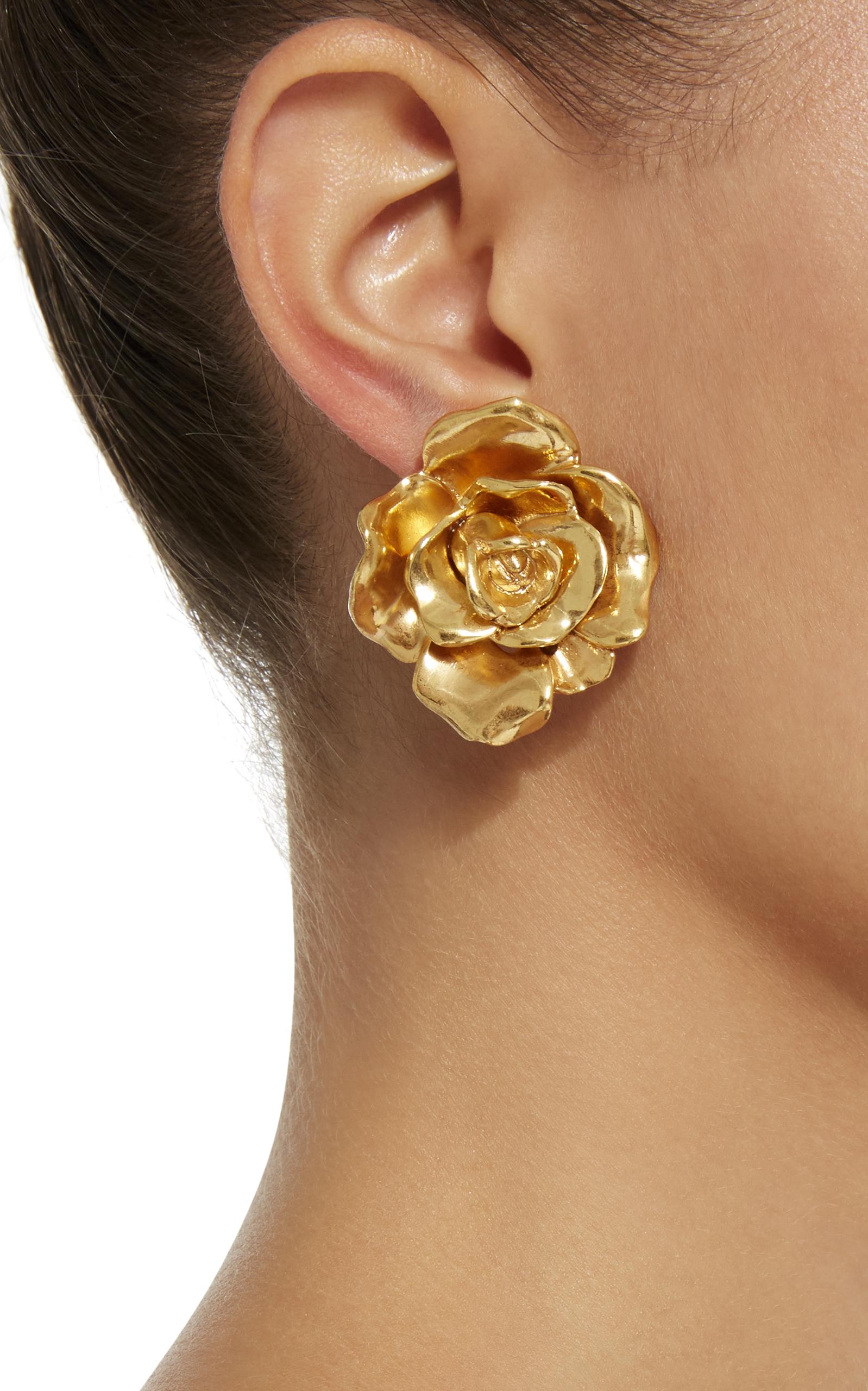 Rosette Gold-Tone Button Earring by Oscar de la Renta | Moda Operandi