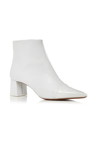 Medium neous white alaska bootie