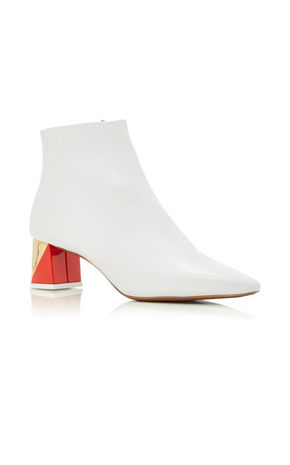 Medium neous white alpha bootie