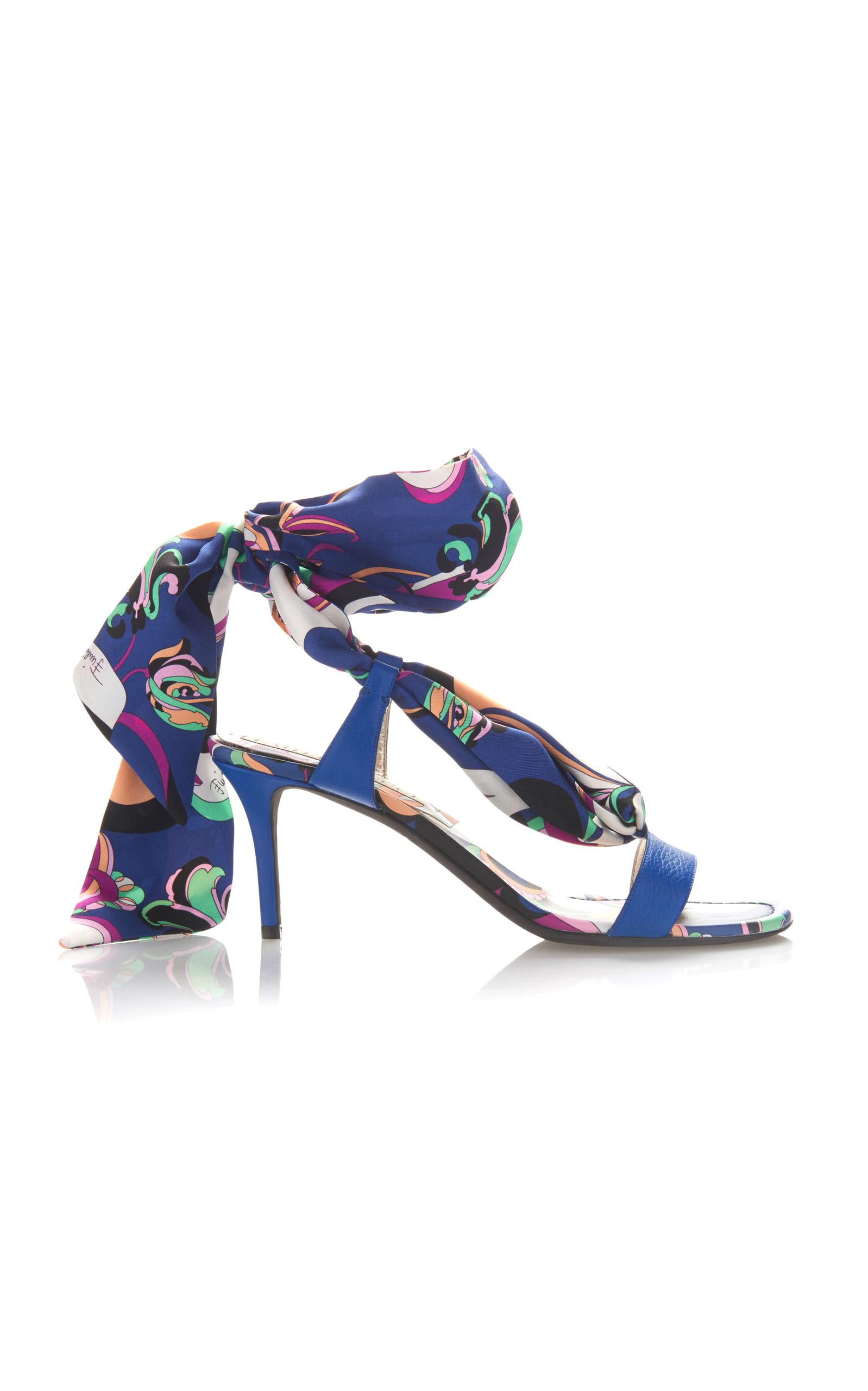 Emilio Pucci Aruba Impression Ficeler Des Sandales - Bleu p26P6NAC1