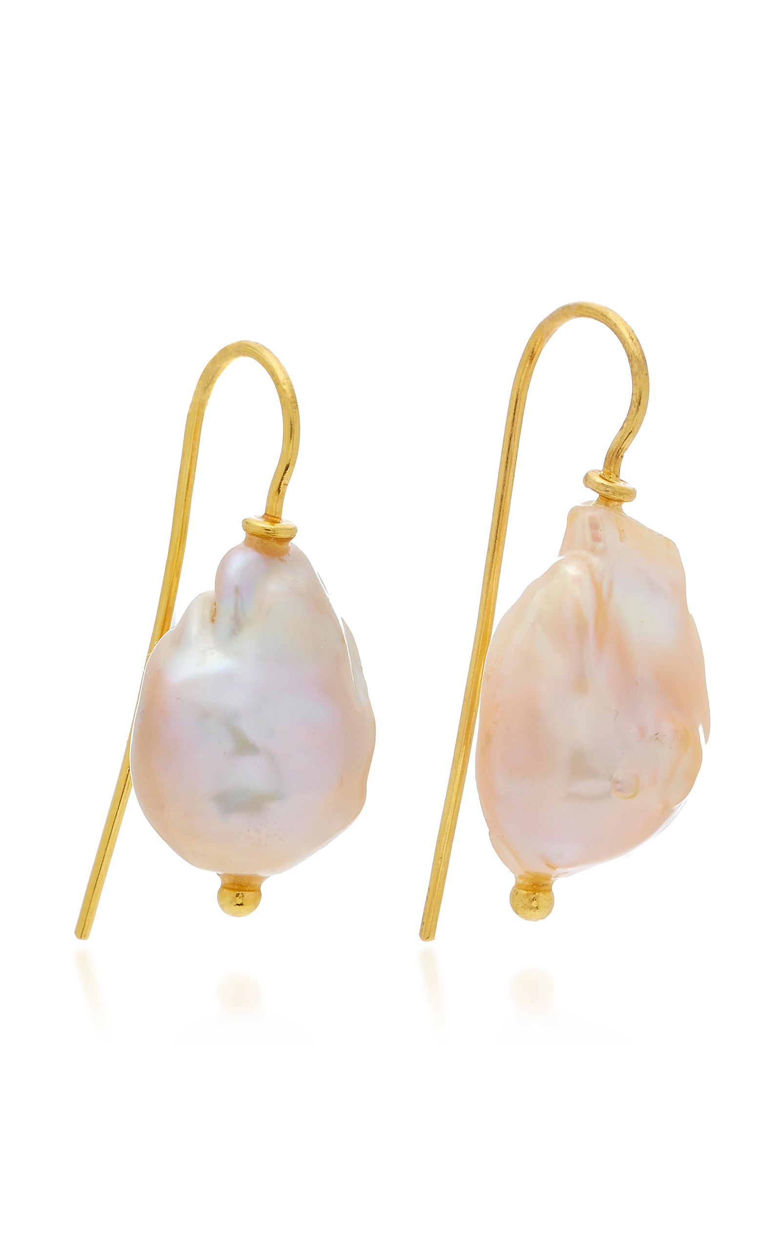 seed single products freshwater earrings static on pearl white drops medium