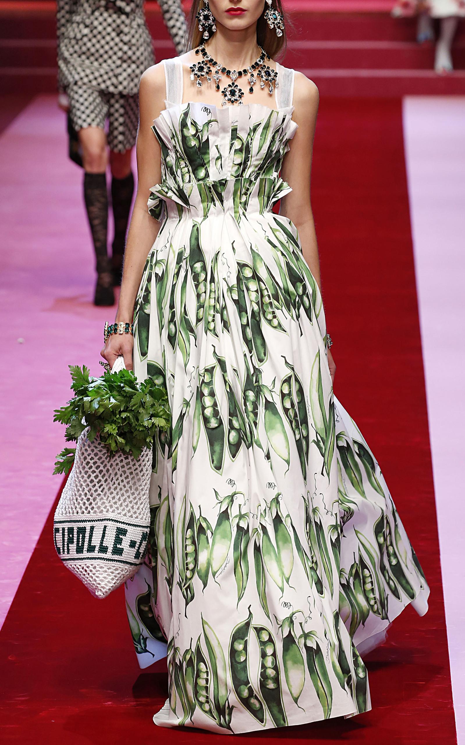Snap Pea Gown By Dolce Gabbana Moda Operandi