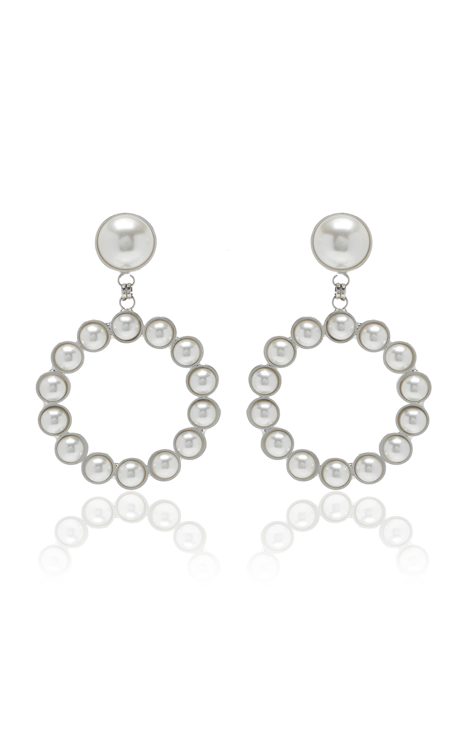 ALESSANDRA RICH Pearl Circle Earrings With Pearl Clip in White