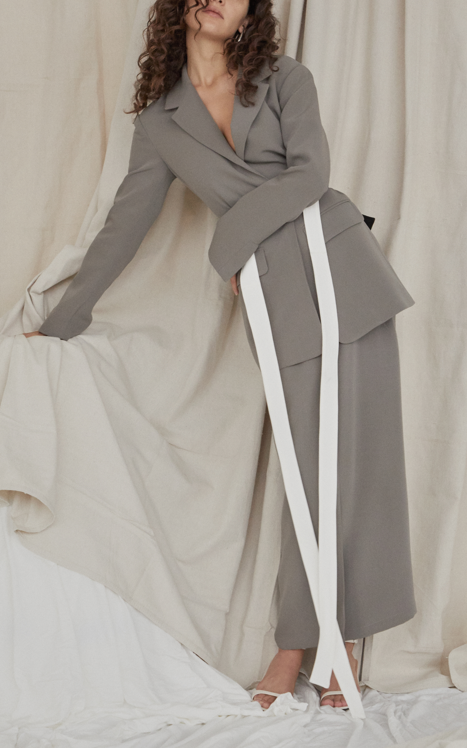 WENDELBORN Oversized Tailored Jacket With Belt in Grey