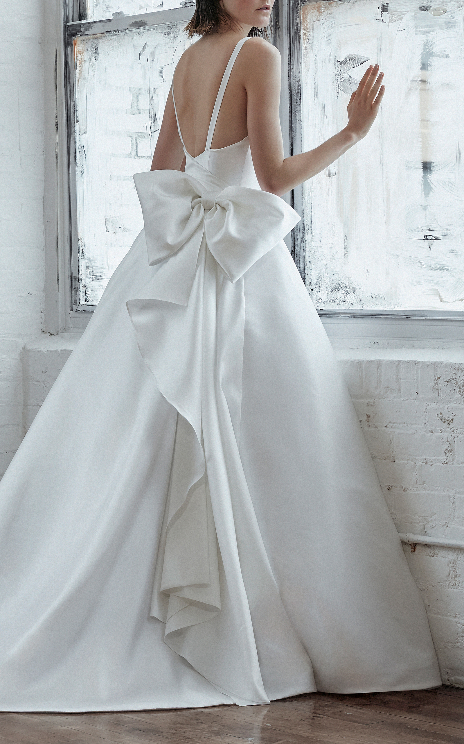 Renata Sleeveless Bow Gown by Isabelle Armstrong | Moda Operandi