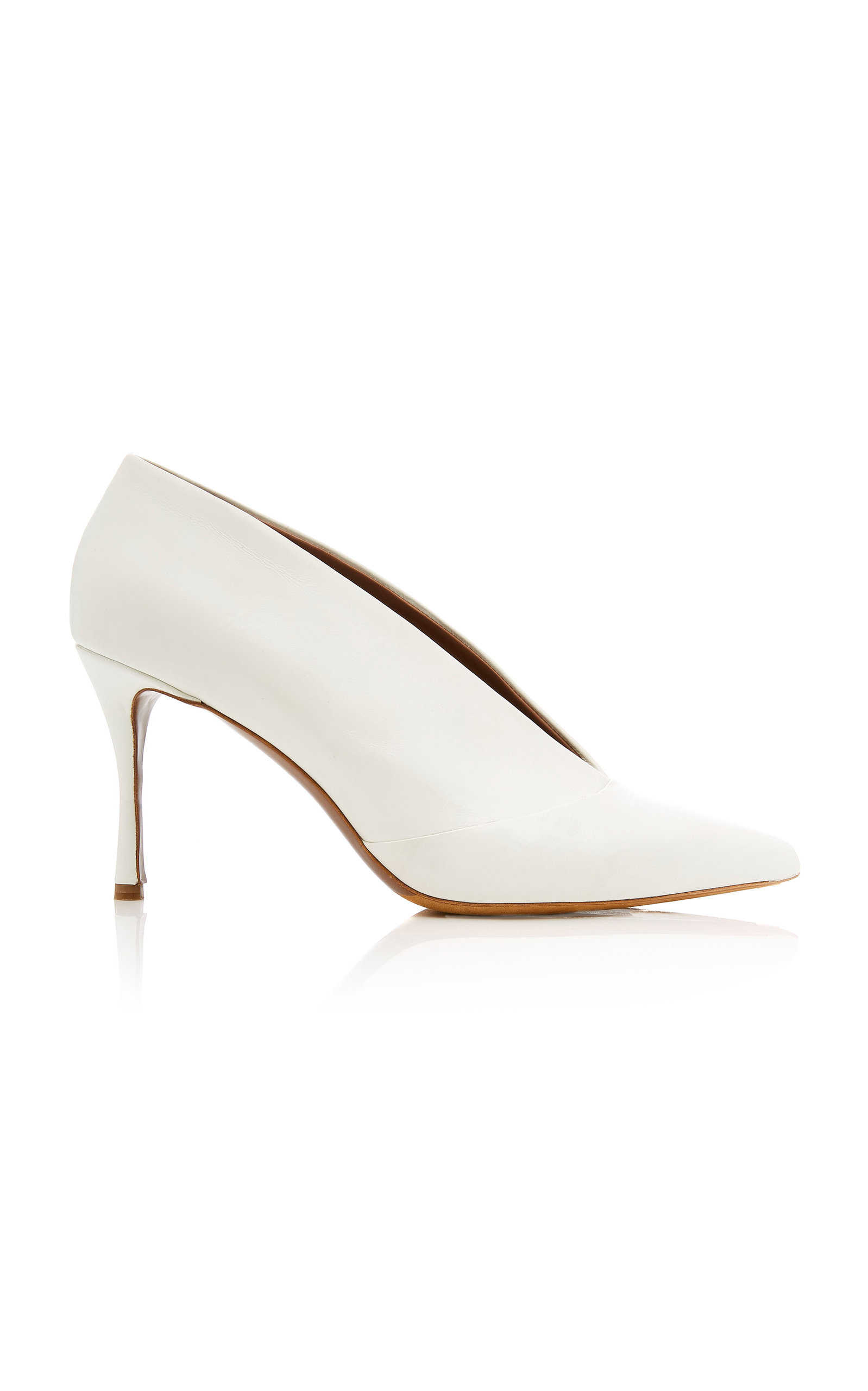 Women'S Strike Leather Pointed Toe Pumps in White