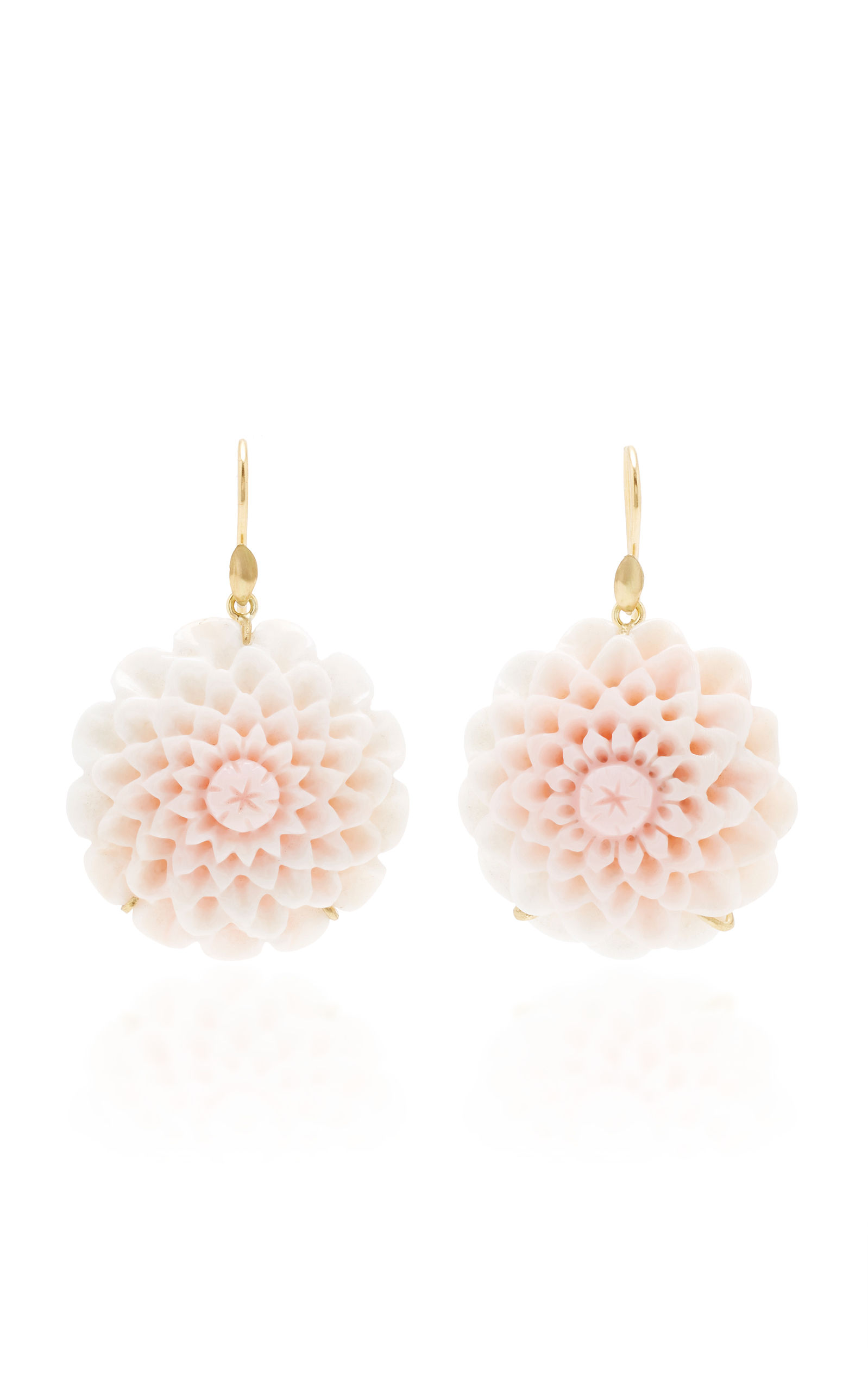 ANNETTE FERDINANDSEN M'O Exclusive: Dahlia Blossom Pink Conch Shell Earring in White
