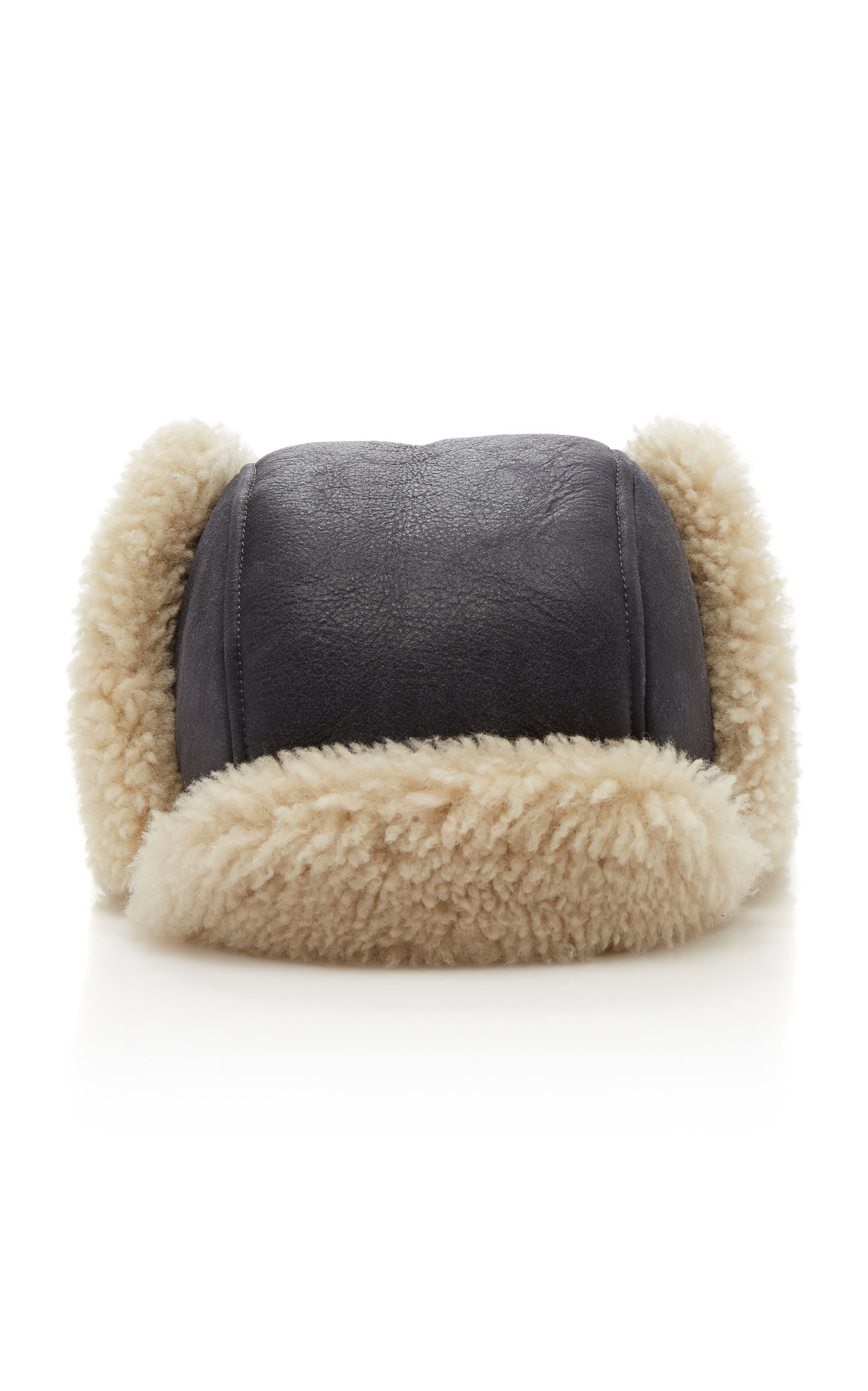 AIRY SHEARLING HAT