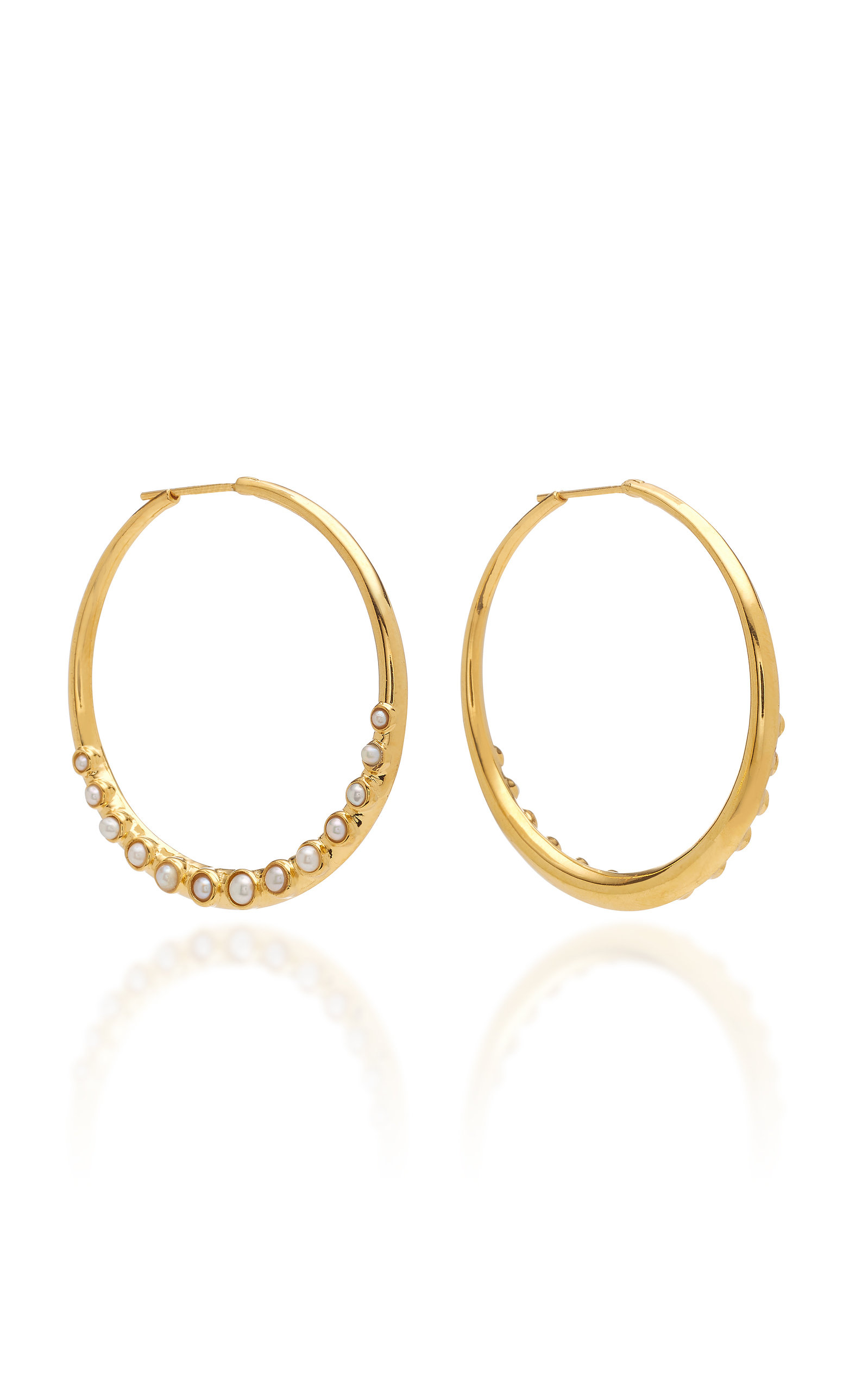 THEODORA WARRE CABOCHON PEARL EMBELLISHED GOLD-PLATED STERLING SILVER HOOP EARRINGS.