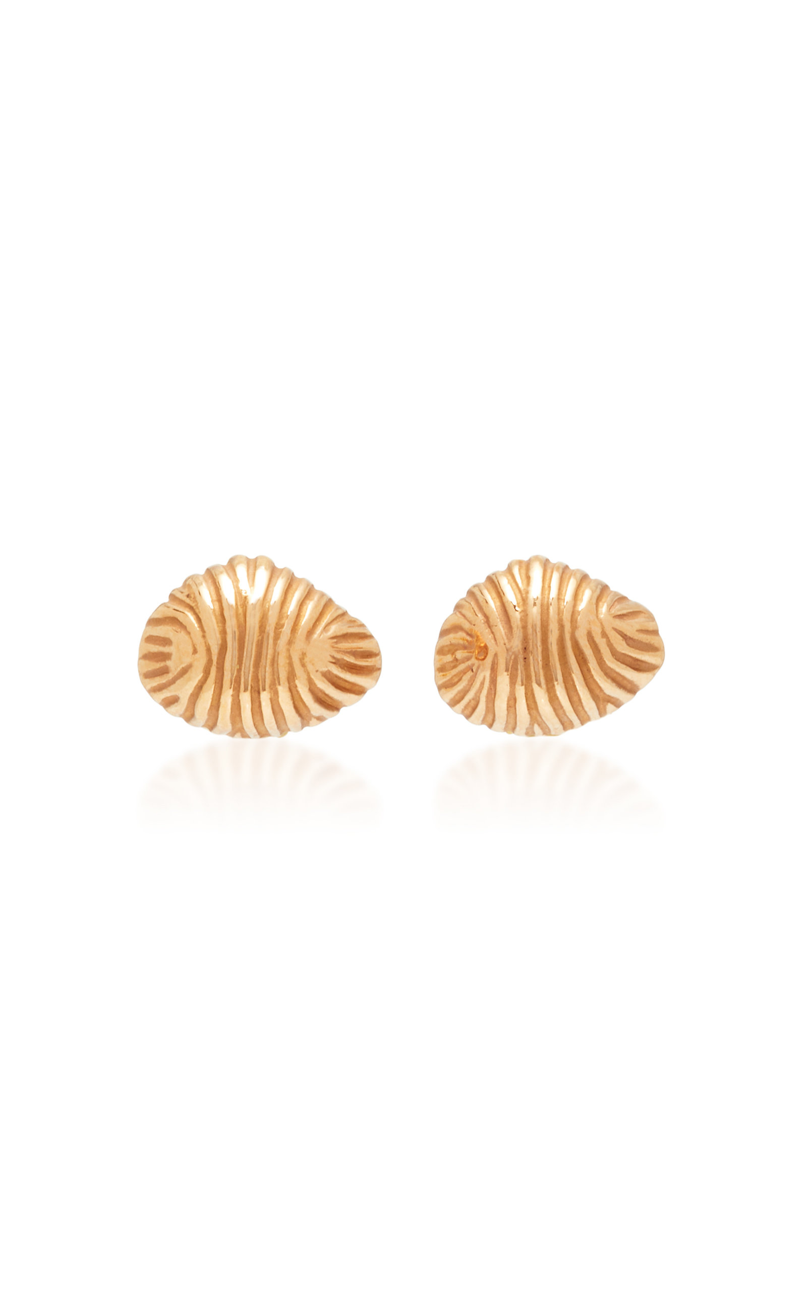 ESSENTIAL SHELL STUDS