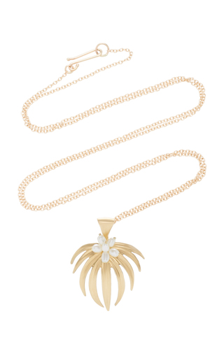 ANNETTE FERDINANDSEN | Annette Ferdinandsen Curled Fan Palm 14K Gold And Pearl Pendant Necklace | Goxip