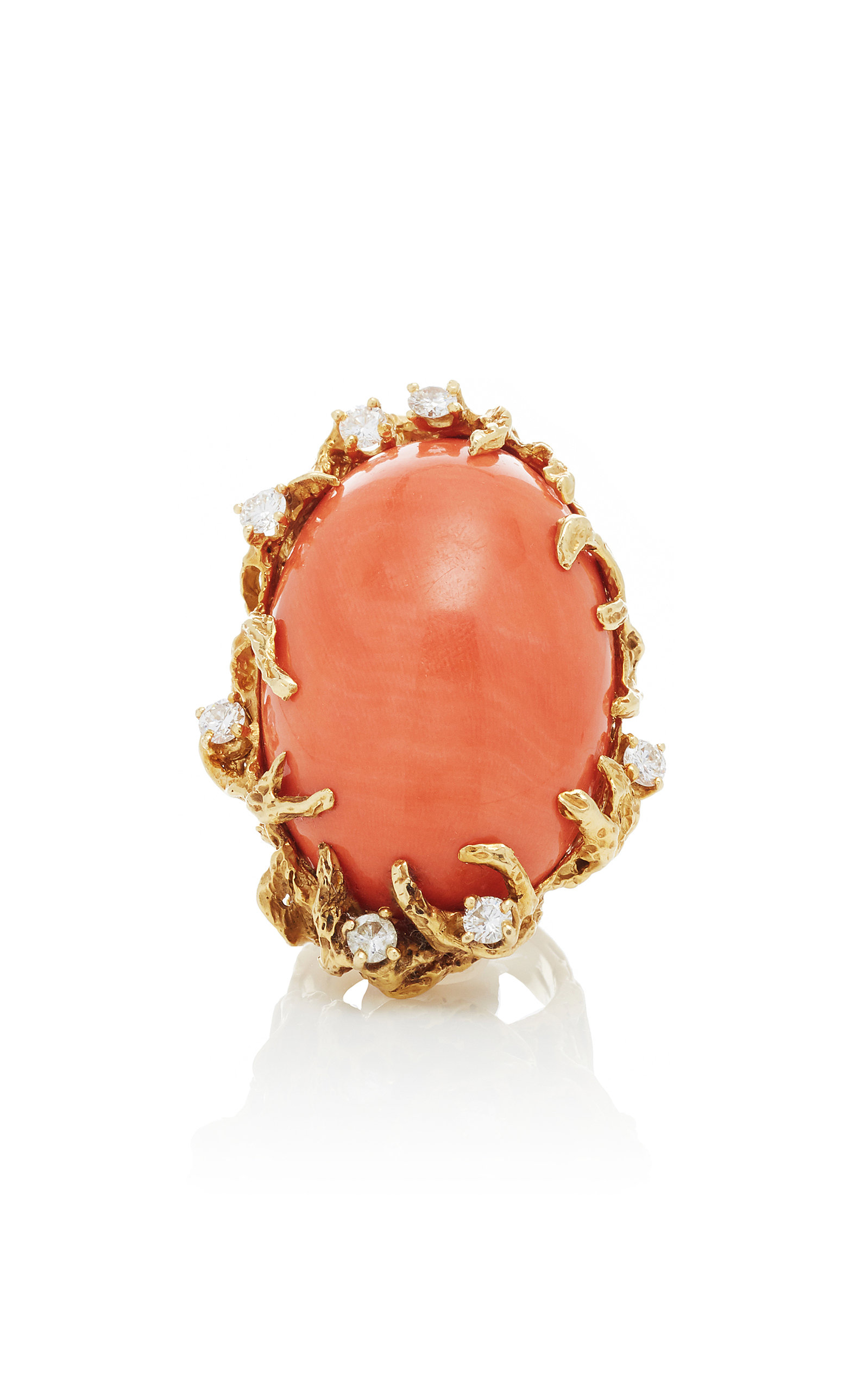 ONE-OF-A-KIND CORAL AND DIAMOND ON 18K GOLD RING BY ARTHUR KING C.1970