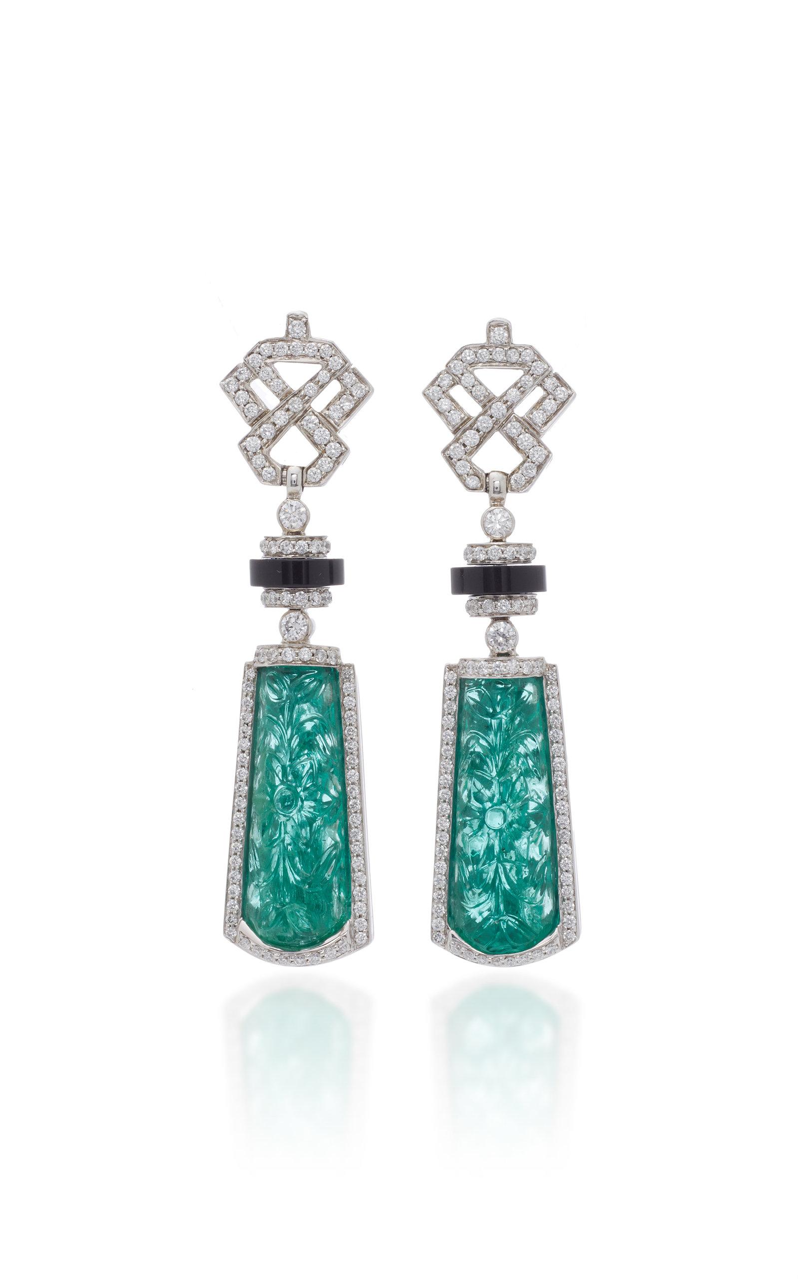 GOSHWARA Platinum Emerald And Diamond Earrings in Green