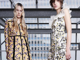 Giambattista Valli Pre-Spring 2016 on Moda Operandi